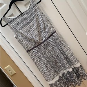 Kay Unger slate gray and cream dress. NWT. Size 8